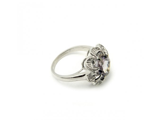 Strieborný prsten kvet