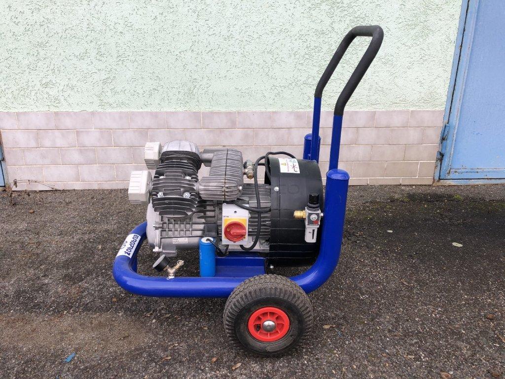 3965 pistovy kompresor europro 40 pouzity