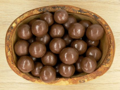 Lieskovce v mliečnej čokoláde