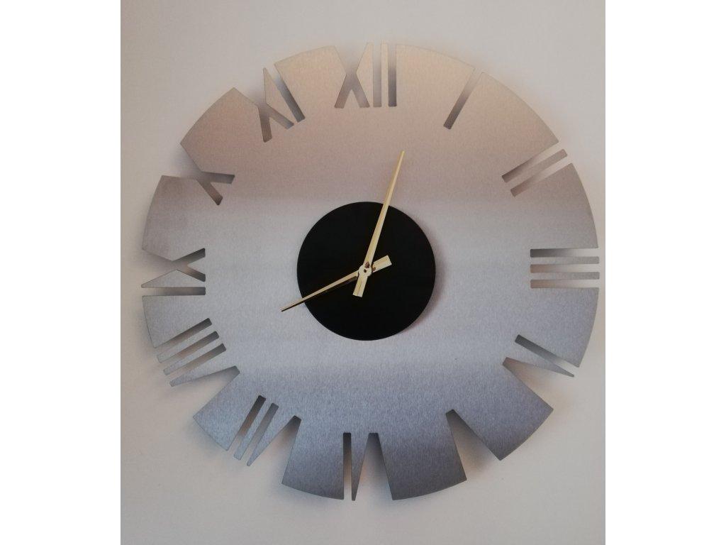 Nerezové hodiny 4a