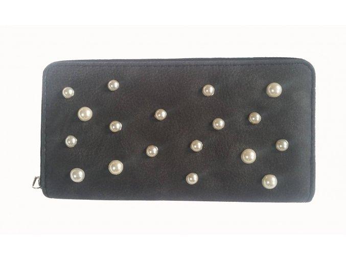 perly černé
