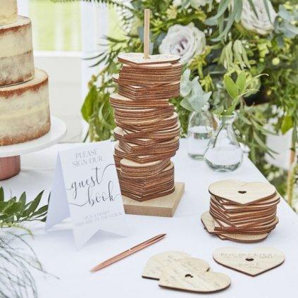 Svatební kniha hostů dřevěná Srdíčka na tyčce