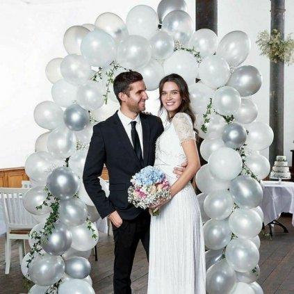 Balonkový set na výrobu balonkové brány. Barva bílostříbrná