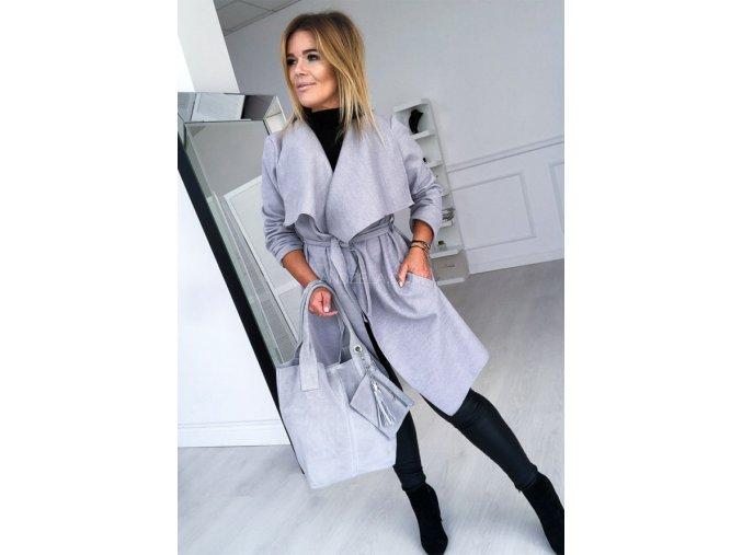 kabát šedý