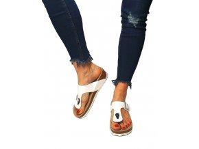 pantofle klínek bílé