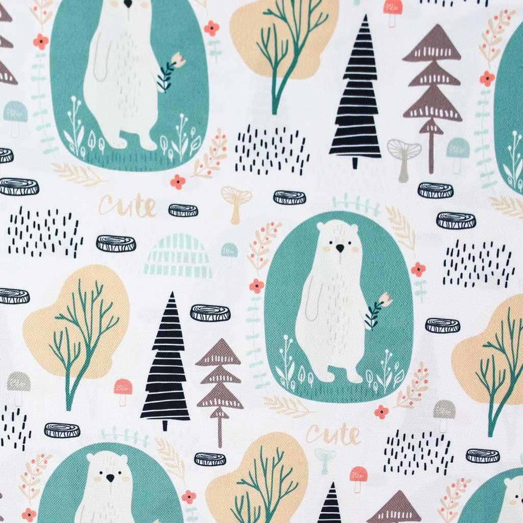 medvědi v lese