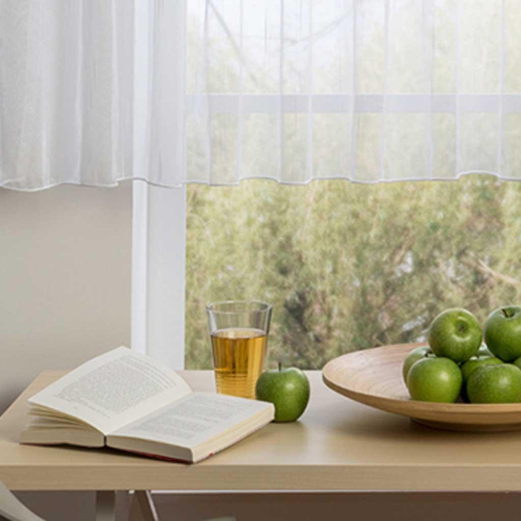 Záclona s olůvkem - efekt nití