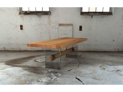 Designový jídelní stůl z bukového masivu v kombinaci s líci z akrylového skla