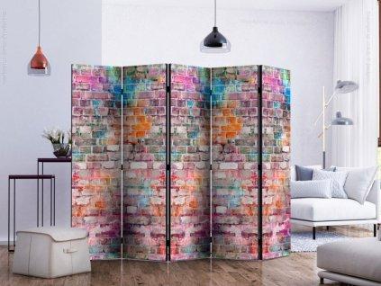Paraván barevná cihlová zeď