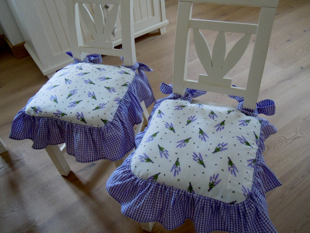 Levandulové sedáky