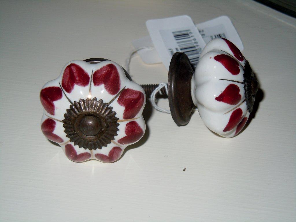 Knopka kytka - bordó srdíčka