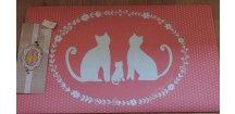 Růžová rohožka s kočičkami a puntíky