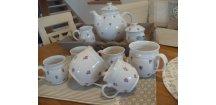 Čajová souprava s fialkami