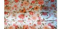 Růžovo - meruňkové květy na bílé