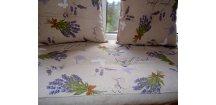 Fuonový sedák na lavici-Provence