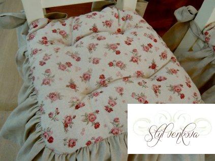 Režné sedáky s růží a volánem