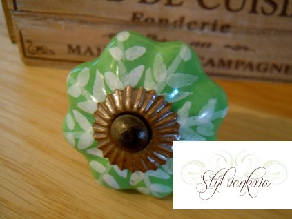 Knopka zelená kytka