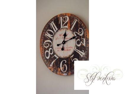 Dřevěné hodiny ovál