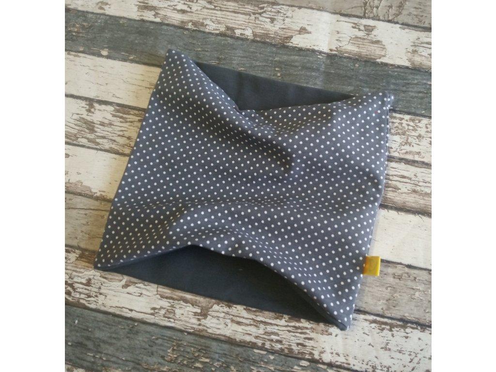 Nákrčník Yháček, puntíky drobné na šedé