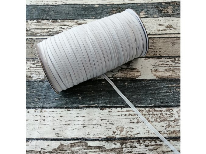 Hladká pruženka 4 mm - bílá