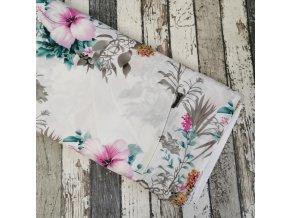 Viskóza, velké květy na bílé