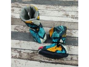 Nosicí botičky - válenky Yháček, šedý flís, graffiti