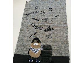 Panel - teplákovina, příšerka v čepici