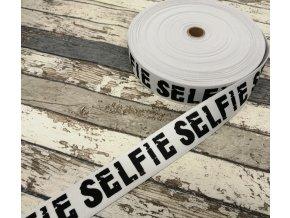 Hladká pruženka na boxerky Selfie na bílé