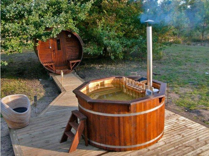 uploads 20141106103144 Hot tub Painted spruce Viking1
