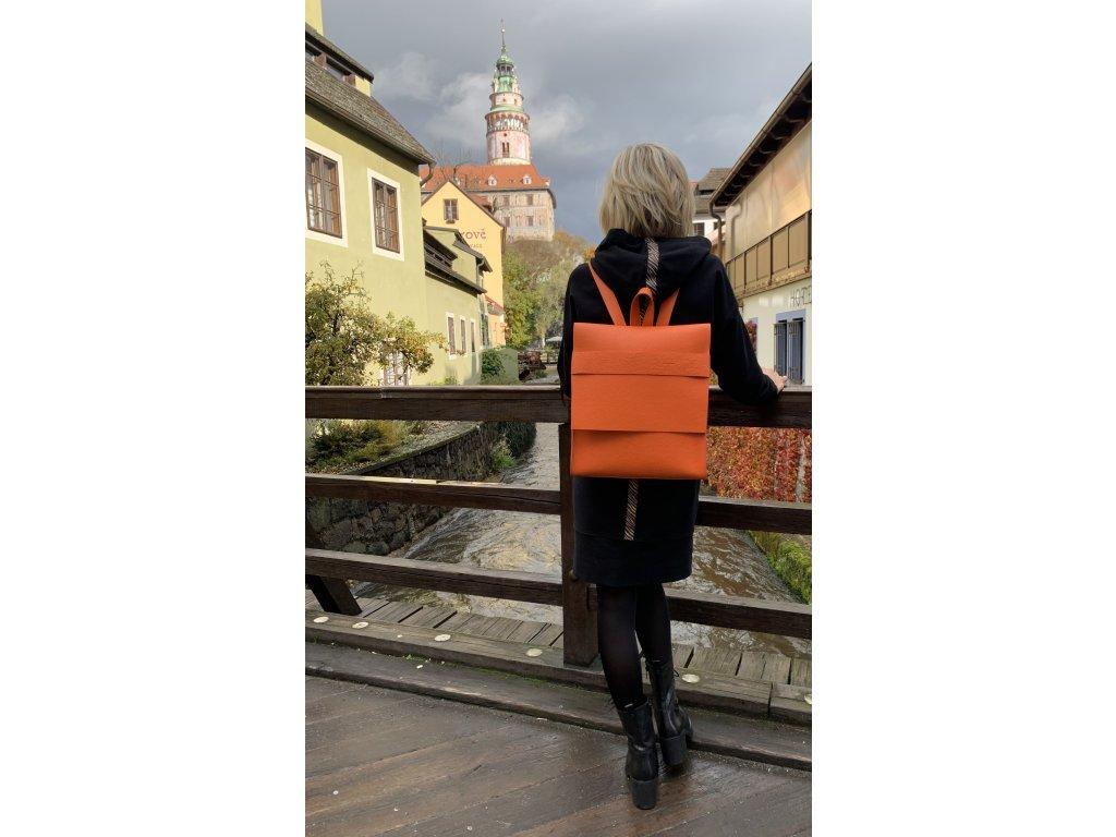 Batoh Minimalista oranžový