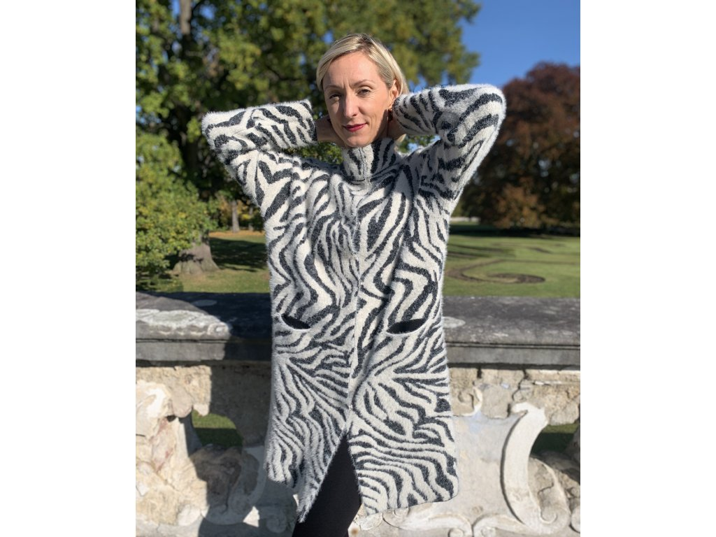 "Svetro - kabát ""Zebra"""