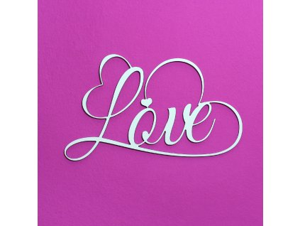 Nápis na zeď - LOVE