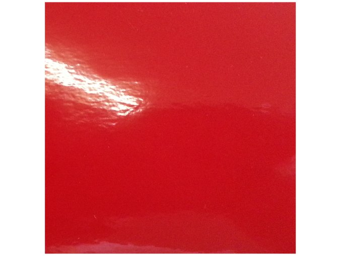 Tmavě červená lesklá KPMF, bez kanálků