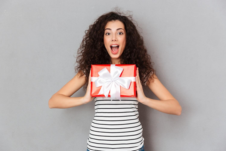 Darčekové tričká, ktorými vybavíte darčeky raz dva