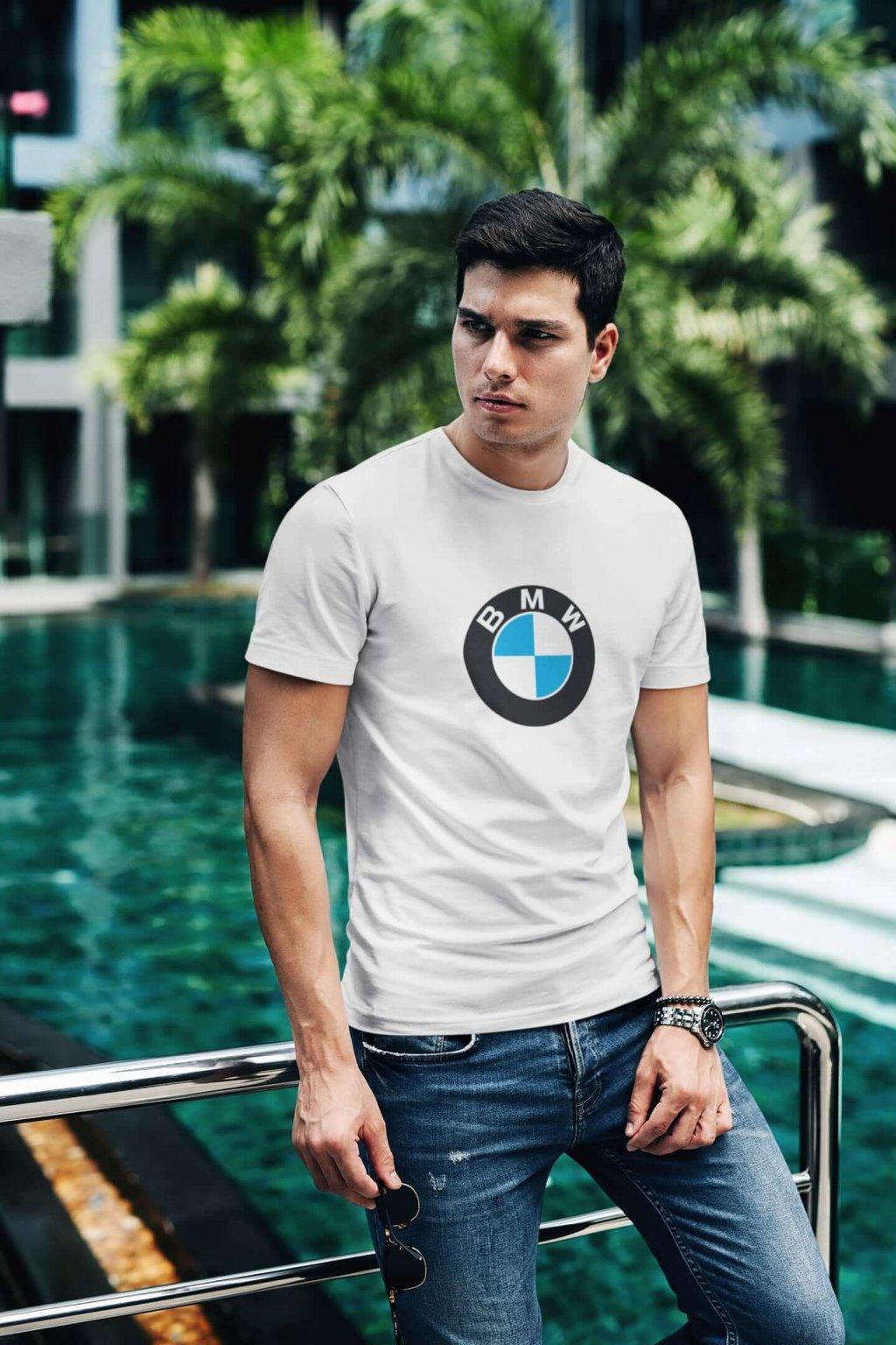 Tričko s logom auta BMW
