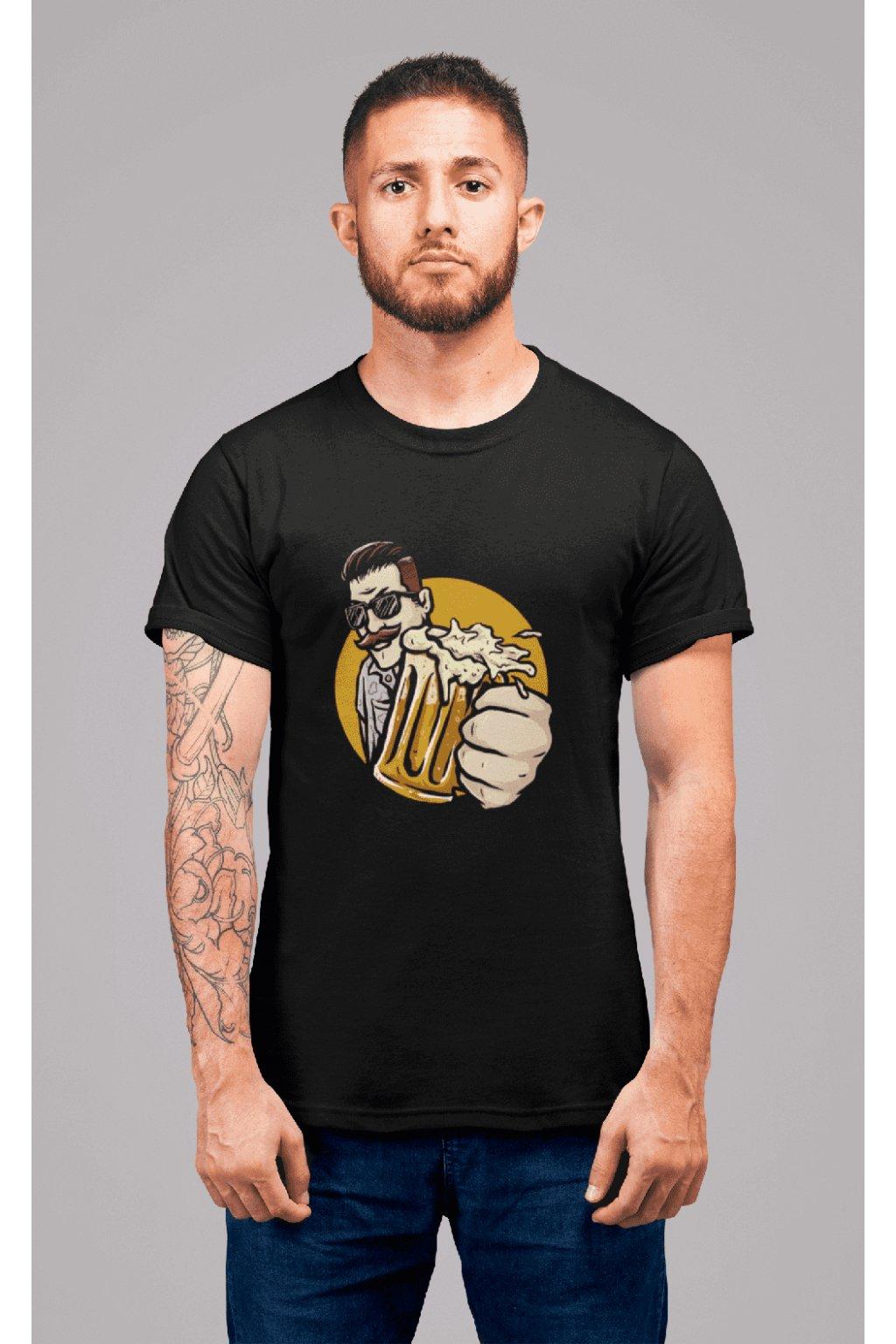 Pánske tričko Chlap s pivom v ruke