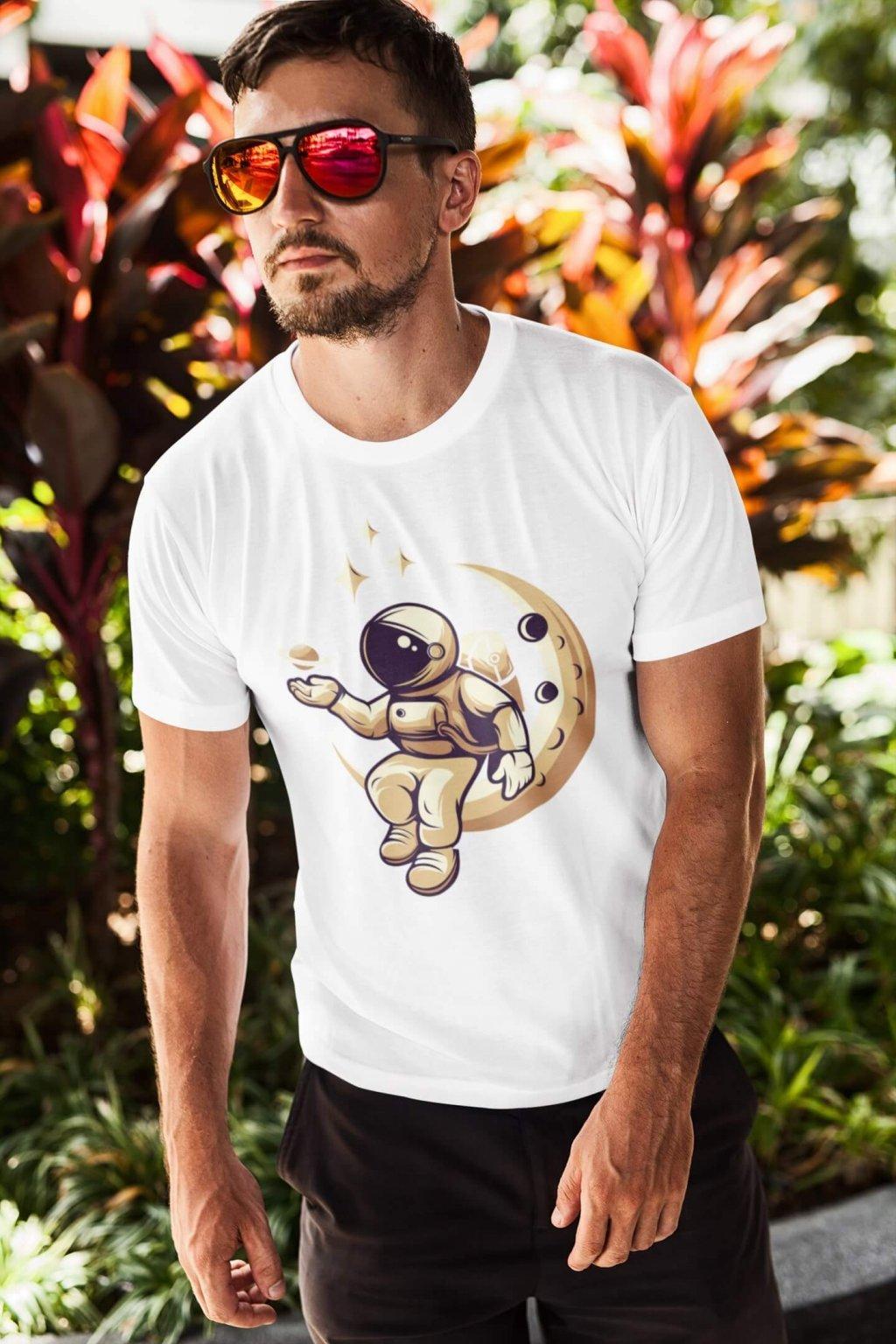 Pánske tričko Astronaut na mesiaci