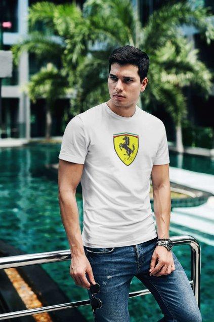 Tričko s logom auta Ferrari