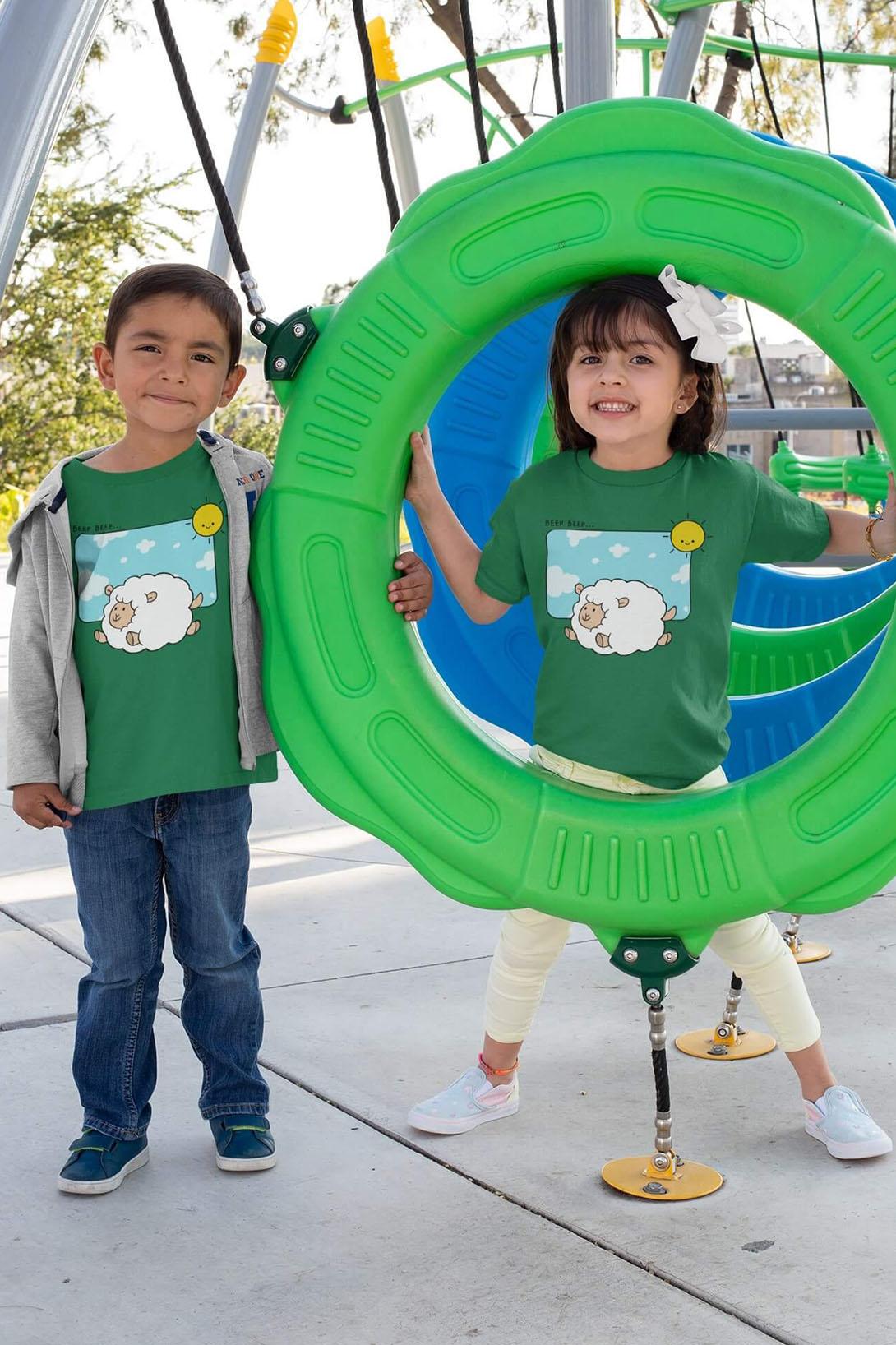 MMO Detské tričko Šťastná ovečka Vyberte farbu:: Trávová zelená, Detská veľkosť: 110/4 roky
