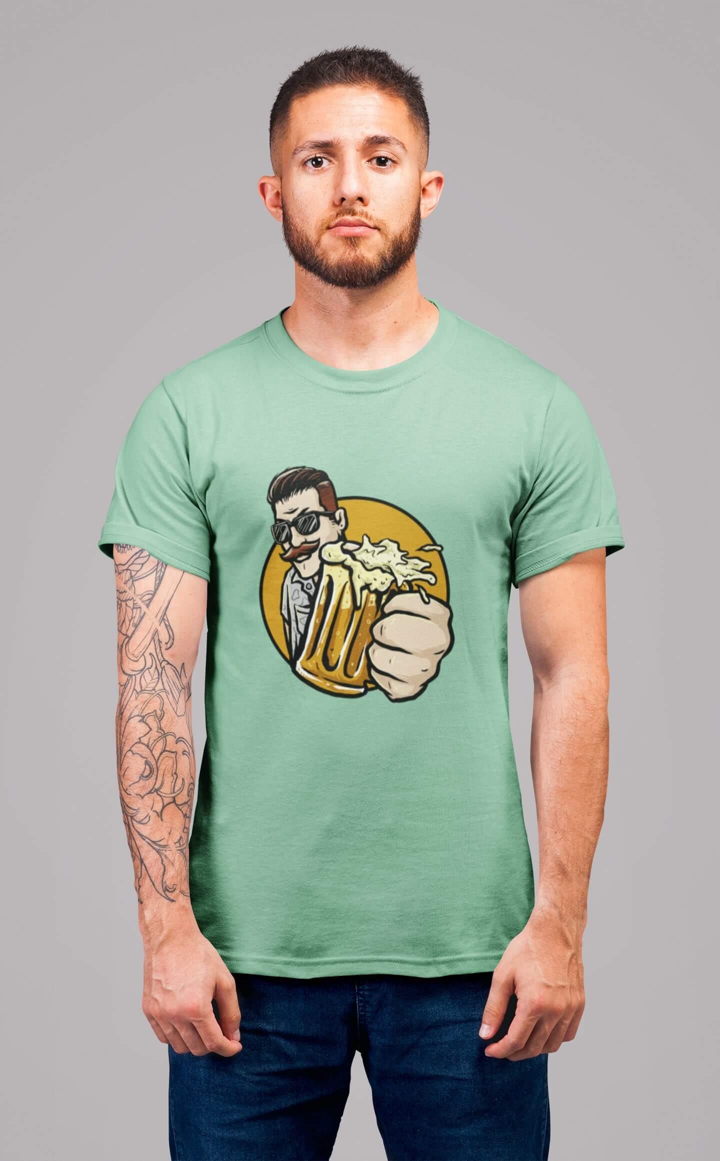MMO Pánske tričko Chlap s pivom v ruke Vyberte farbu: Mätová, Vyberte veľkosť: L