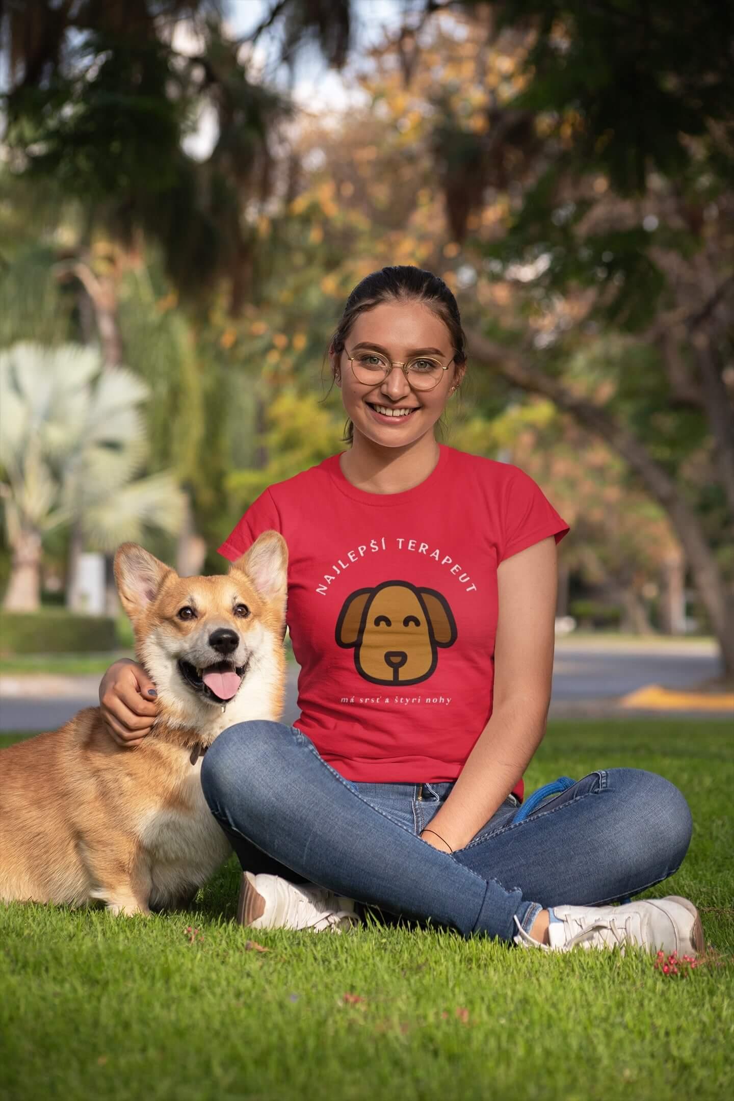 MMO Dámske tričko Terapeut Vyberte farbu: Červená, Dámska veľkosť: M