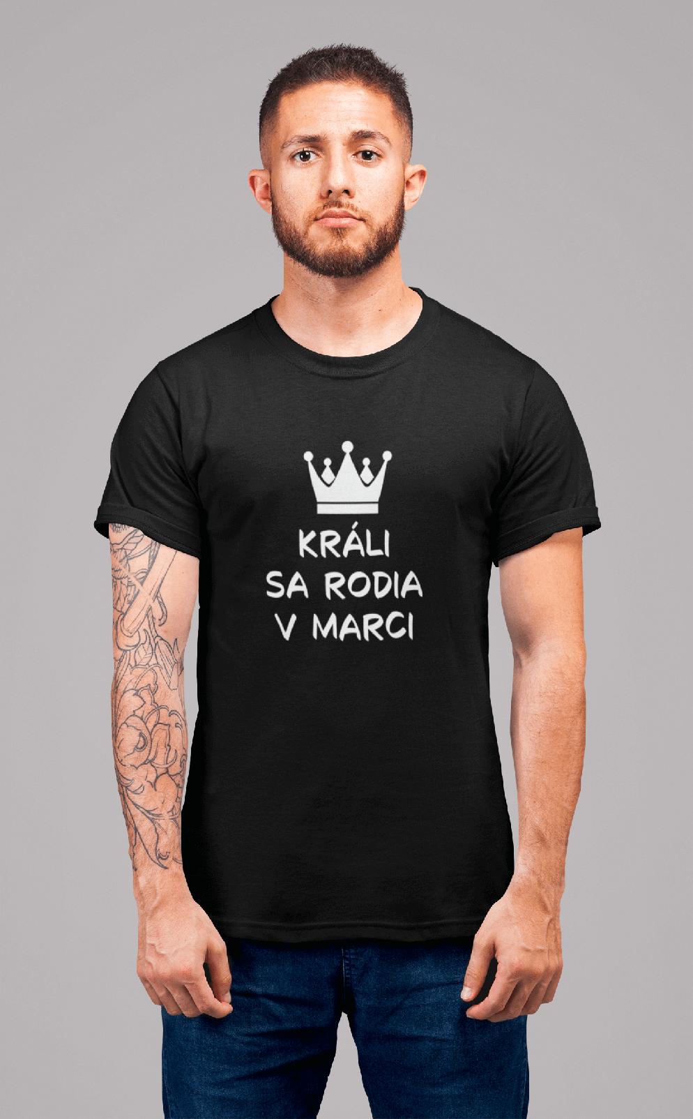 MMO Pánske tričko Králi sa rodia v marci Vyberte farbu: Čierna, Vyberte veľkosť: L