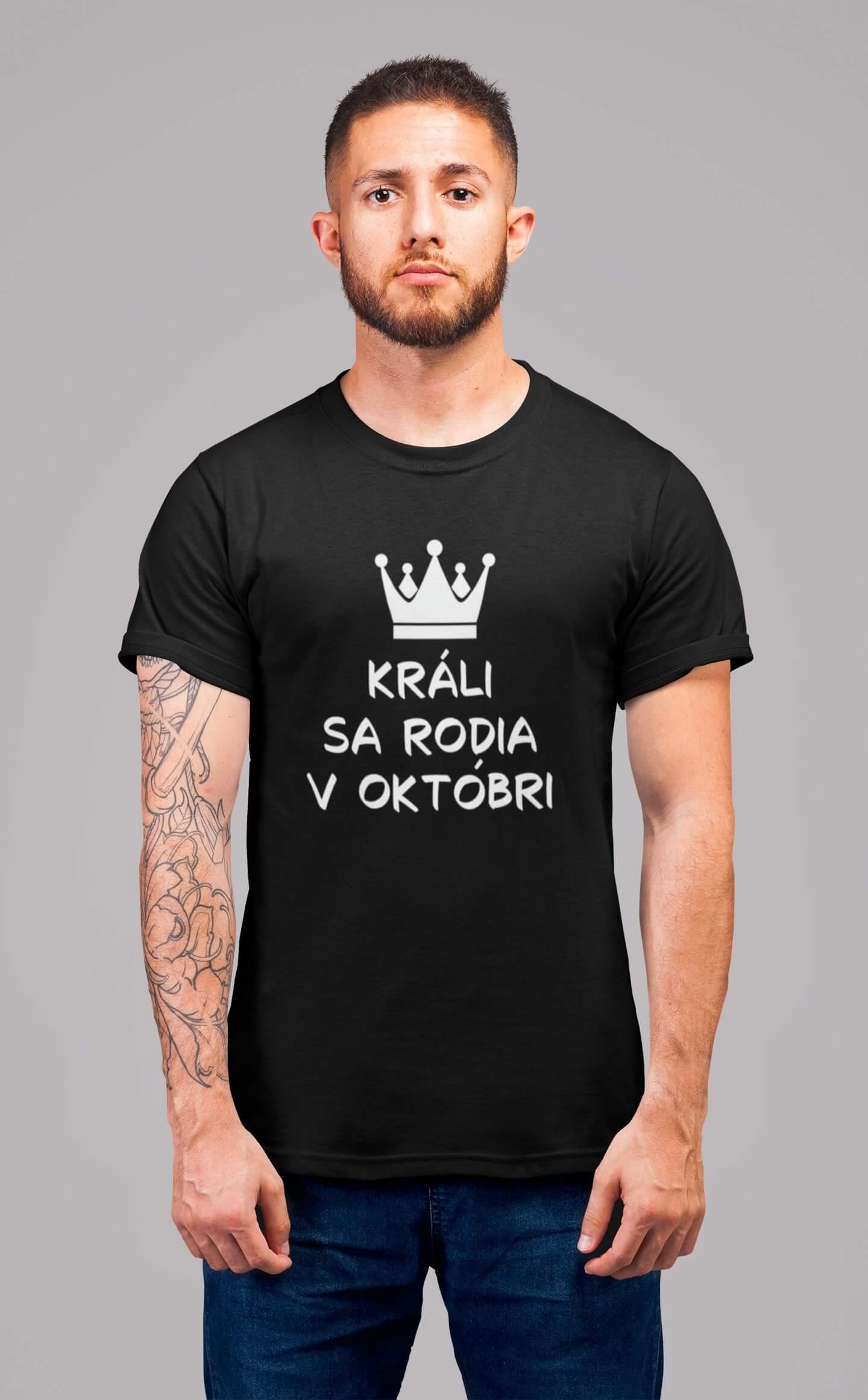 MMO Pánske tričko Králi sa rodia v októbri Vyberte farbu: Čierna, Vyberte veľkosť: L