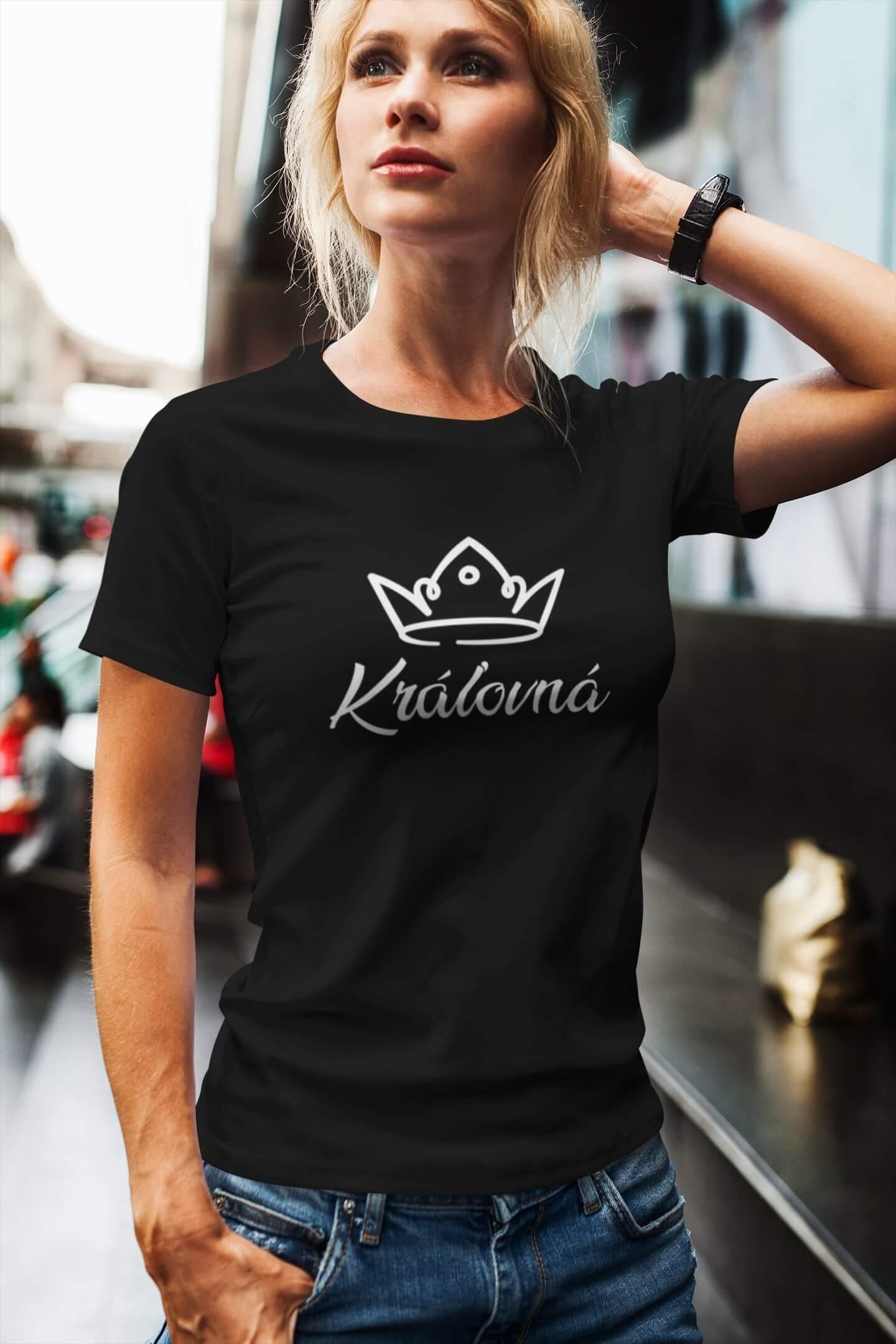 MMO Dámske tričko pre mamu Kráľovská rodina Vyberte farbu: Čierna, Vyberte veľkosť: L