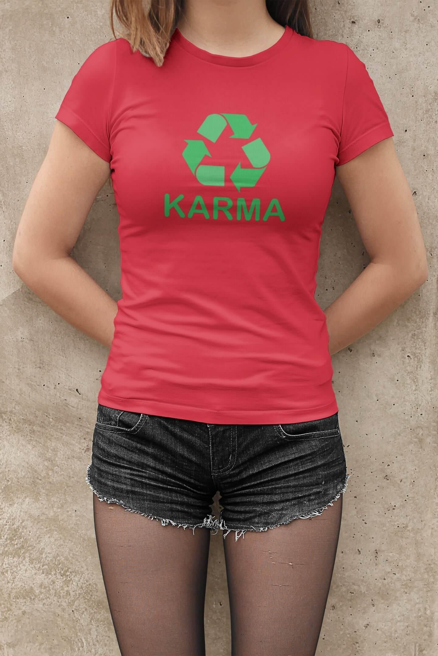 MMO Dámske tričko Karma Vyberte farbu: Červená, Dámska veľkosť: M