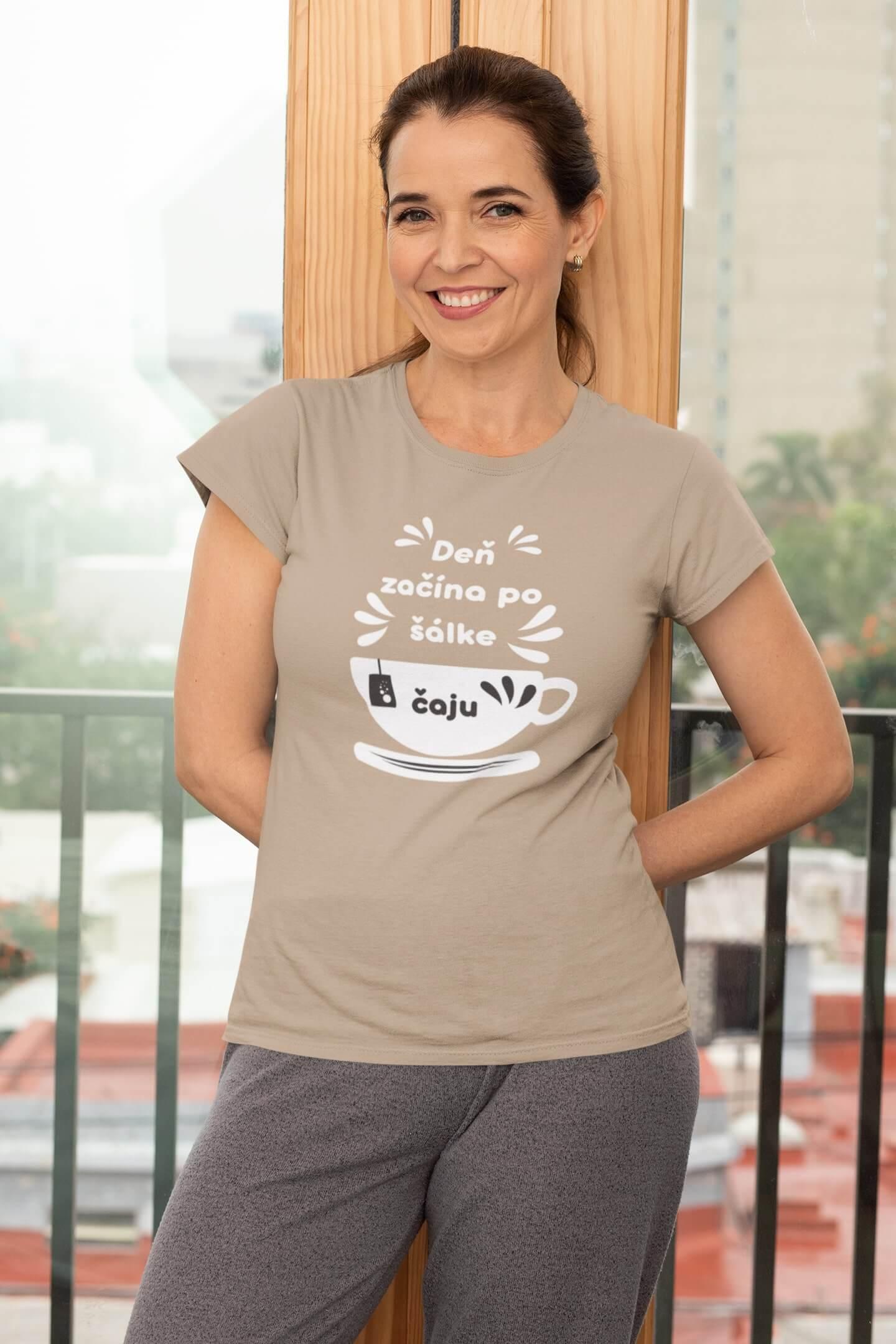 MMO Dámske tričko Šálka čaju Vyberte farbu: Piesková, Dámska veľkosť: S