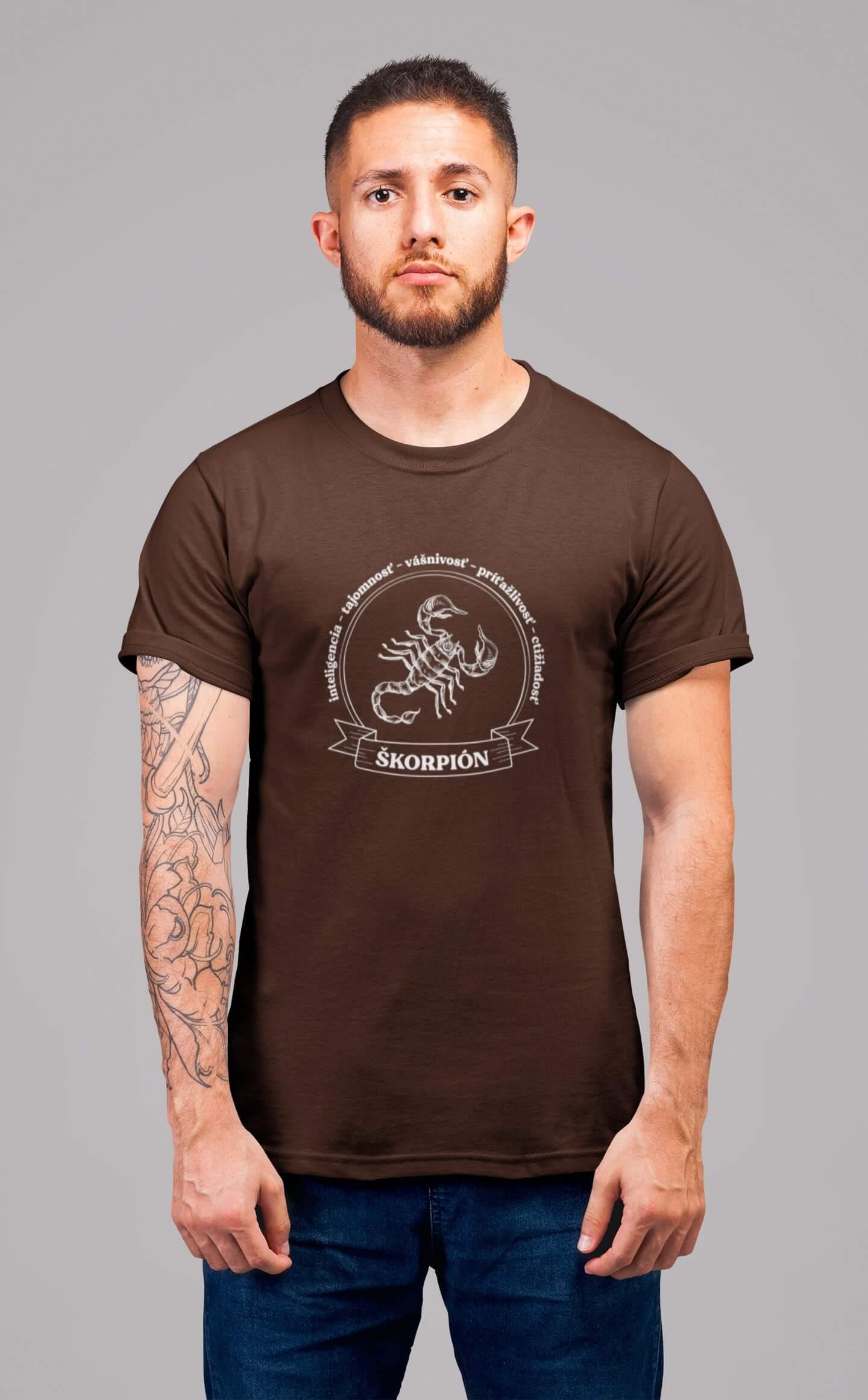 MMO Pánske tričko Škorpión Vyberte farbu: Čokoládová, Vyberte veľkosť: XL