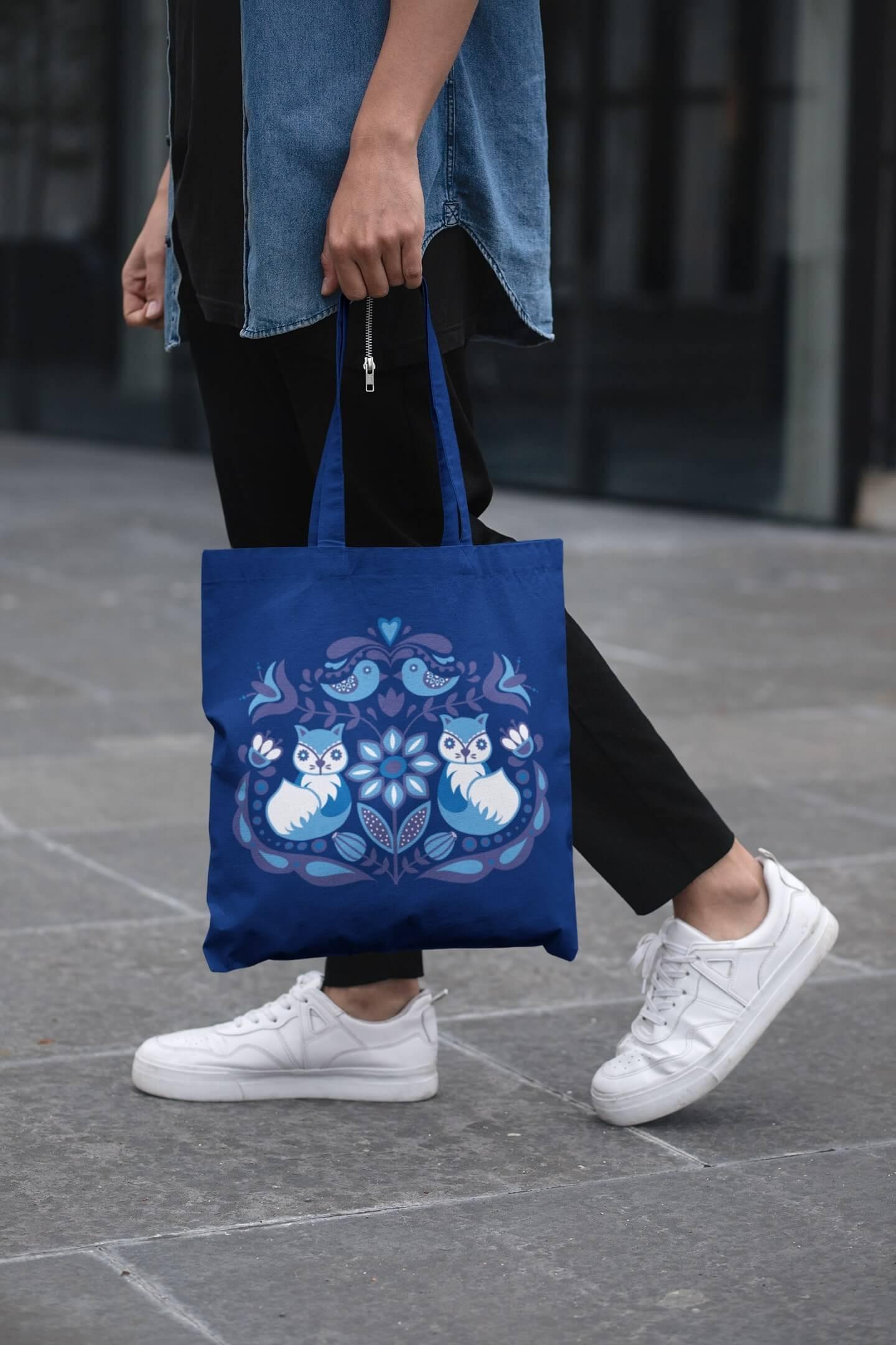 MMO Bavlnená taška s ľudovým motívom Farba tašky: Kráľovská modrá
