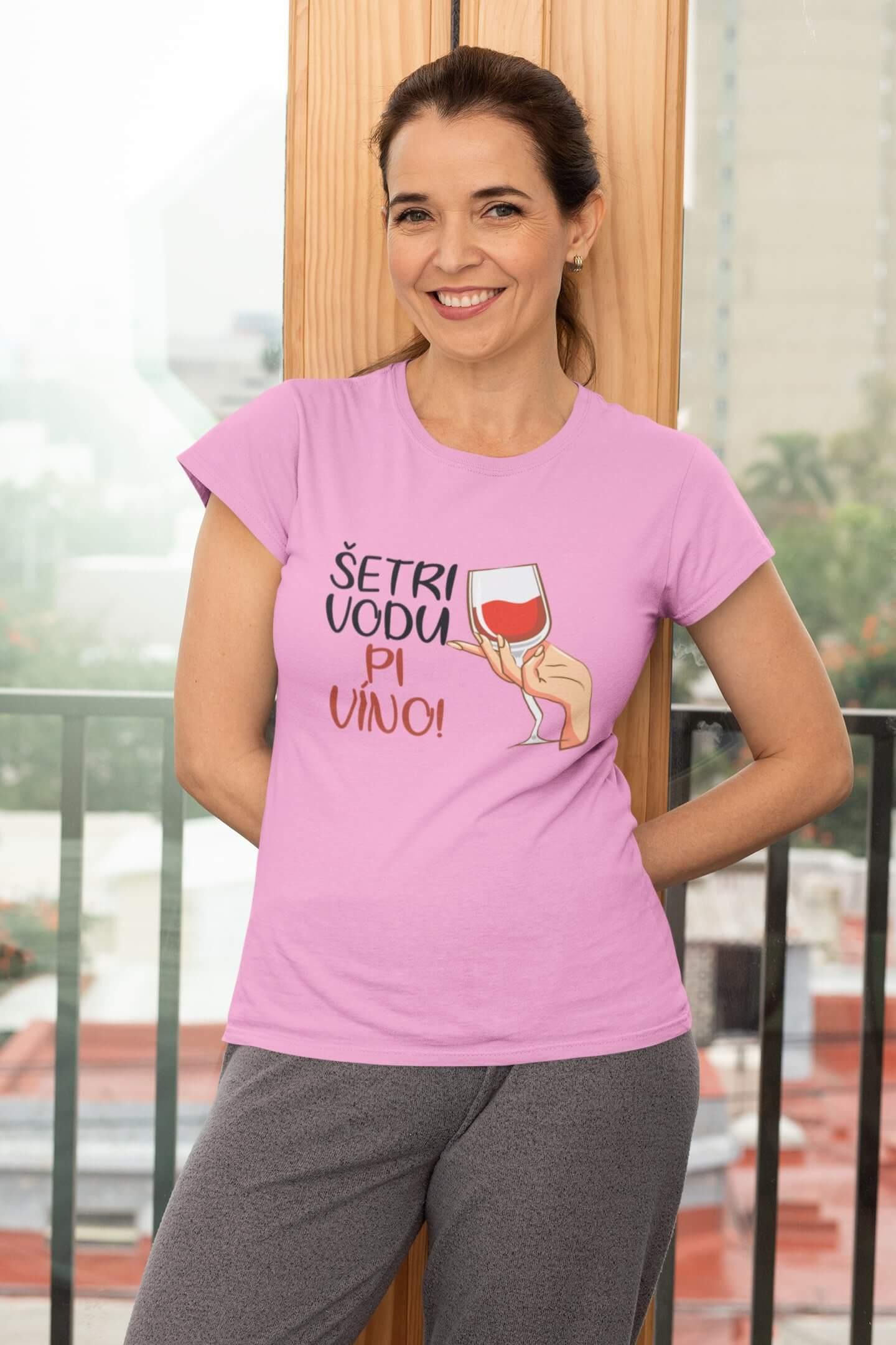 MMO Dámske tričko Pi víno! Vyberte farbu: Ružová, Vyberte veľkosť: L