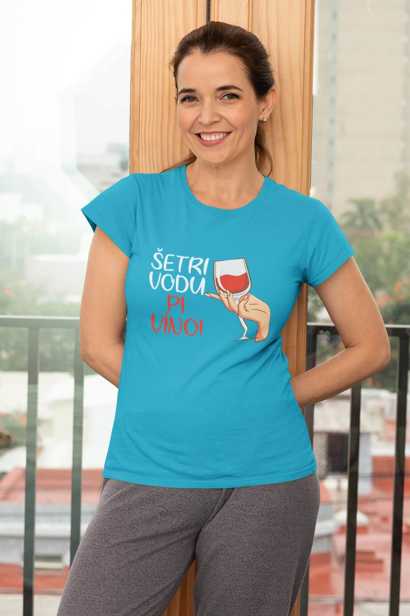 MMO Dámske tričko Pi víno! Vyberte farbu: Tyrkysová, Vyberte veľkosť: L